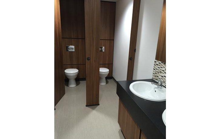 uk office washrooms with toilet cubicles